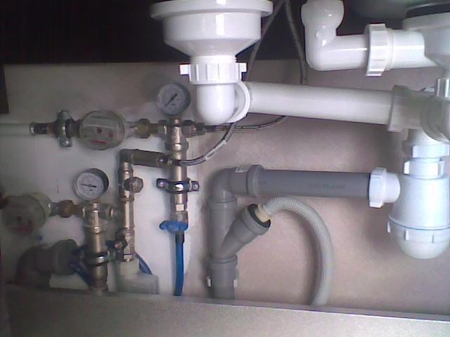 Как заменить водопровод самому